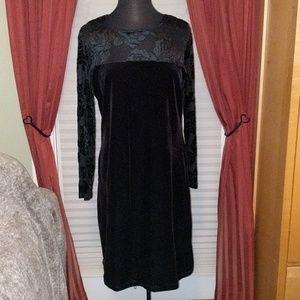 Diane Von Furstenberg L Black Velvet/Sheer Dress